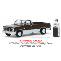 Greenlight - 1/64 1984 GMC 2500 High Sierra with Vintage Gas Pump  - The Hobby Shop Series 8