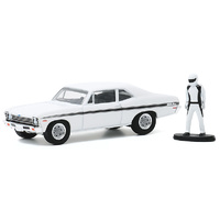Greenlight - 1/64 1972 Chevrolet Rally Nova w/Race Car Driver